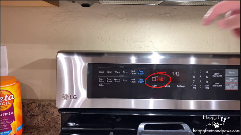 picture of oven preheated to 350F